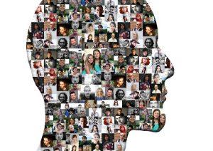 Silueta humana con diferentes fotos de personas sobreimpuestas